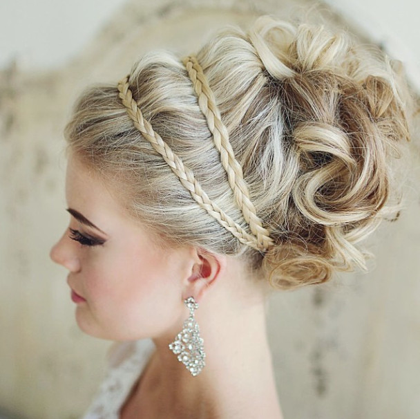 28 Prettiest Wedding Hairstyles: 30 Romantic Wedding Hairstyles For 2020