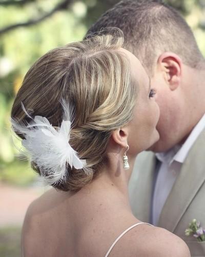 Glamorous Wedding Updo Hairstyle for Short Hair
