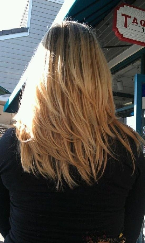 Long Layered Blond Hairstyle