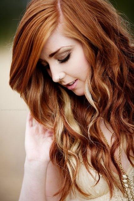 Pretty Long Wavy Hairstyle