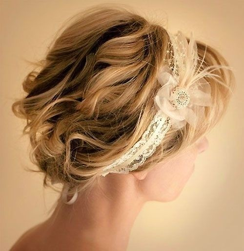 Pretty Wedding Updo Hairstyle for Short Hair
