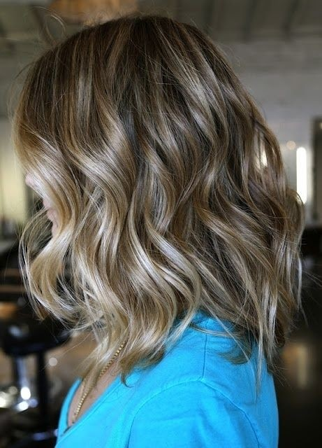 10 Trendiest Medium Wavy Hairstyles For Girls Pretty Designs