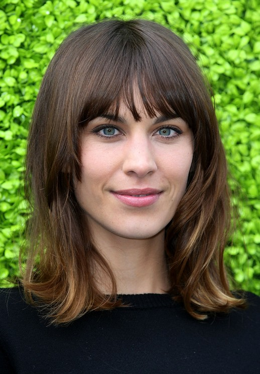 15 Flattering Alexa Chung Hairstyles - Pretty Designs