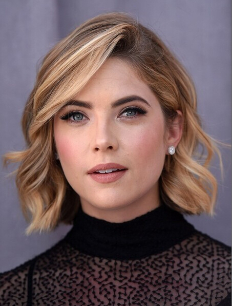 Ashley Benson Short Wavy Bob Hairstyle