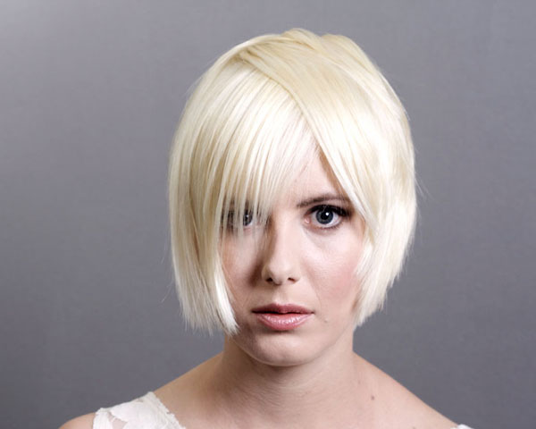 Blond Bob Haircut with Layers
