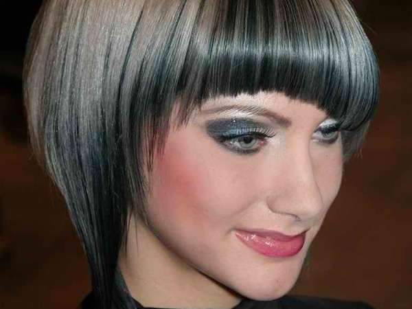 Classy Bob Haircut for Gray and Blond Hair