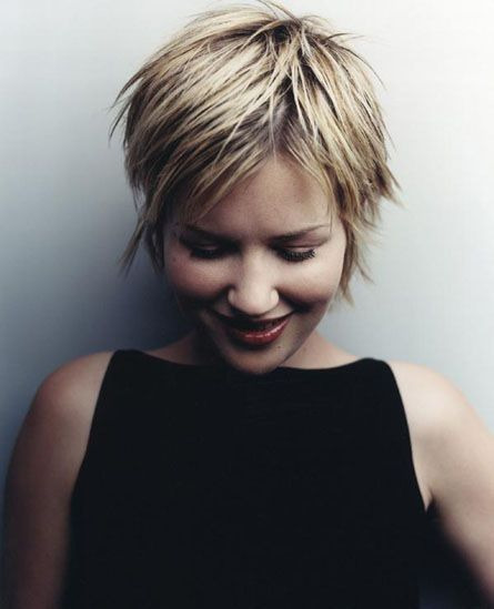 Easy Short Pixie Haircut for Summer Hairstyles