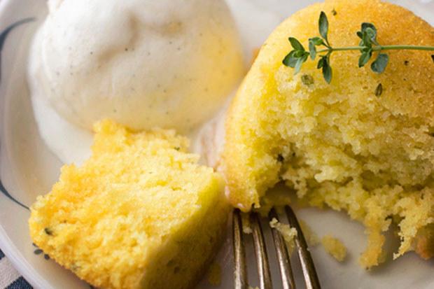 Lemon Thyme Cakes