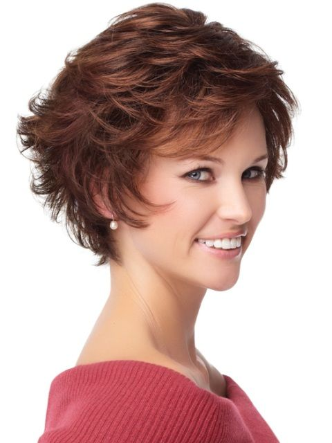 Short Layered Hairstyle for Women