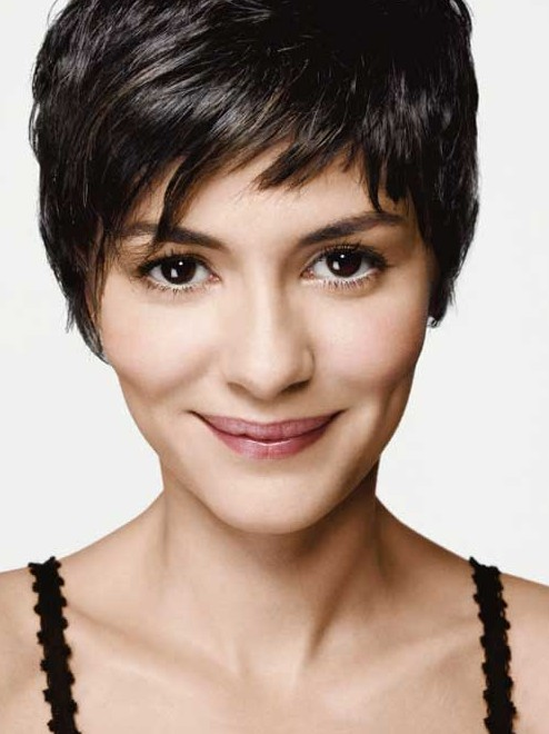 Short Hair Styles : 12 Trendy and Chic Short Hairstyles for the Season - Pretty Designs