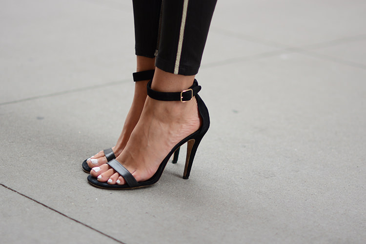 Casual Chic Black & White Outfit for Summer