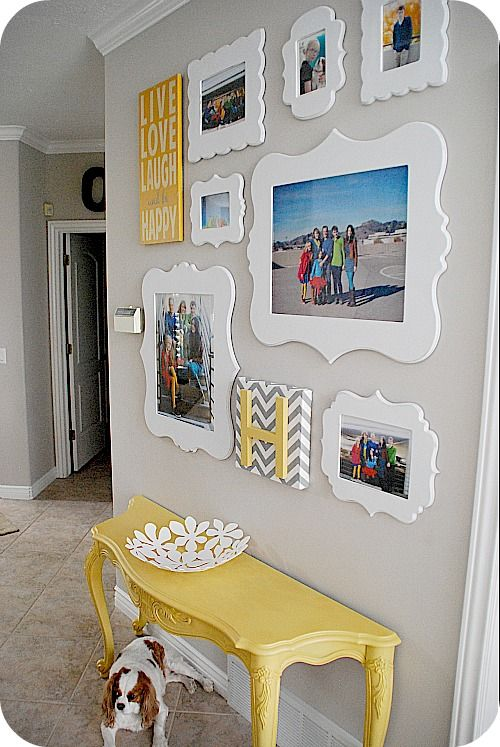 15 Ideas to Display Your Family Photos at Home - Pretty