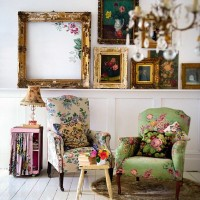 Vintage-chic Home