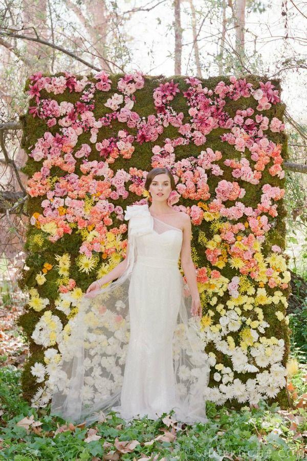 ombre floral backdrop - Wedding Designs Ideas
