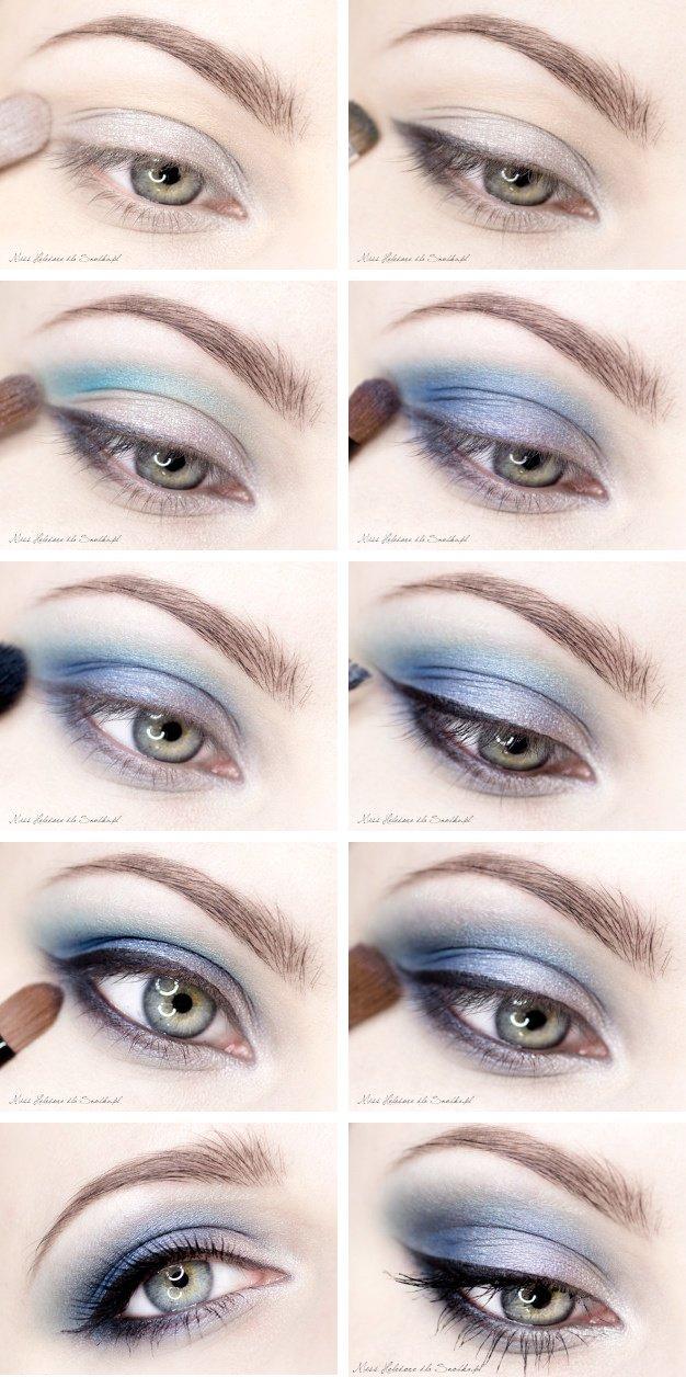 Deep Blue Eye Makeup Idea