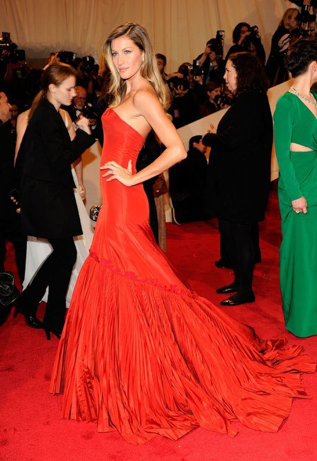 18 Glamorous Celebrity Approved Evening Dresses Pretty