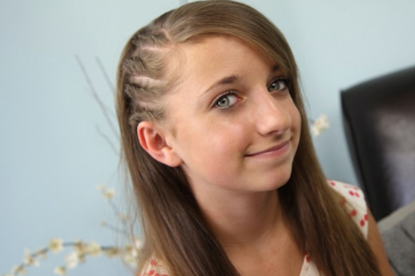 15 Interesting Twisted Hairstyles For Girls