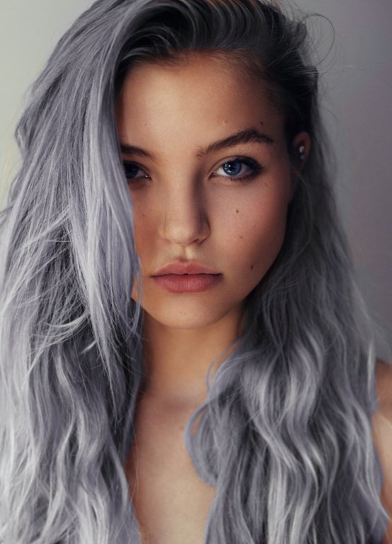7 Amazing Hairstyles for Silver Grey Hair - Pretty Designs