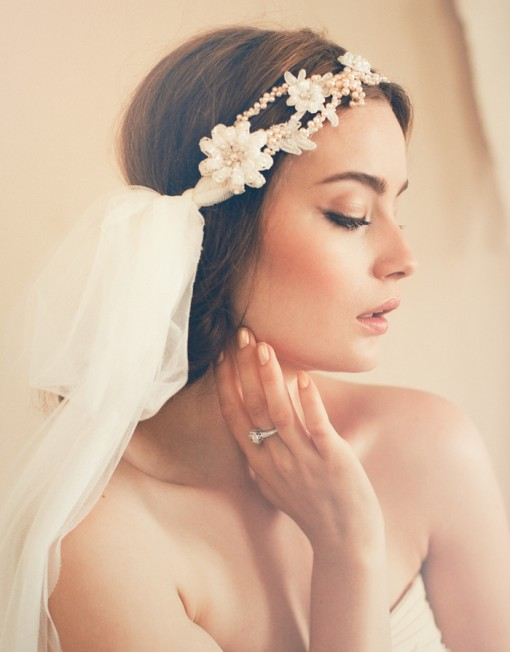 16 Incredible Bridal Hairstyles with Headpieces - Pretty Designs