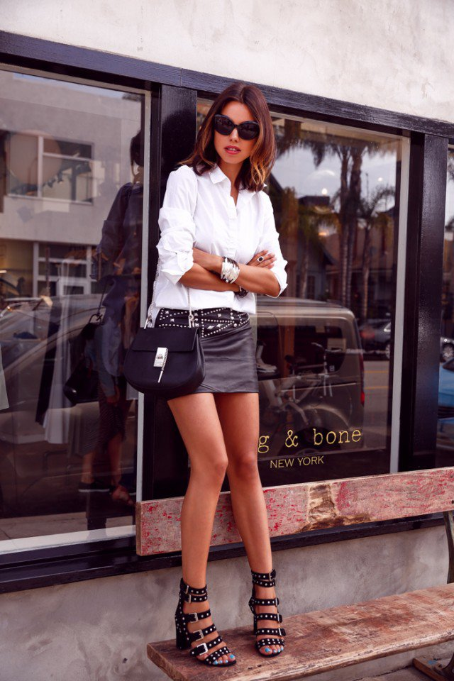 18 Classic White And Black Outfit Looks Pretty Designs