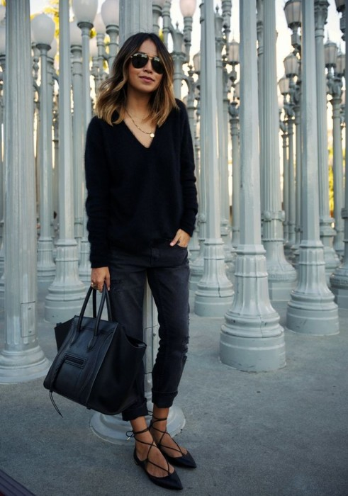 Boyfriend Jeans With Black Sweater