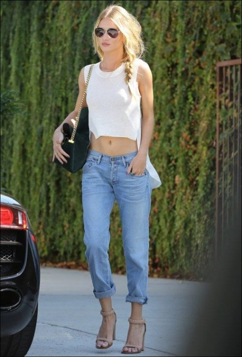 Boyfriend Jeans With a Crop Top
