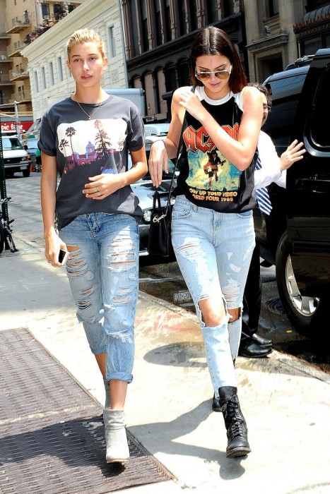 Boyfriend Jeans With a Graphic T-Shirt