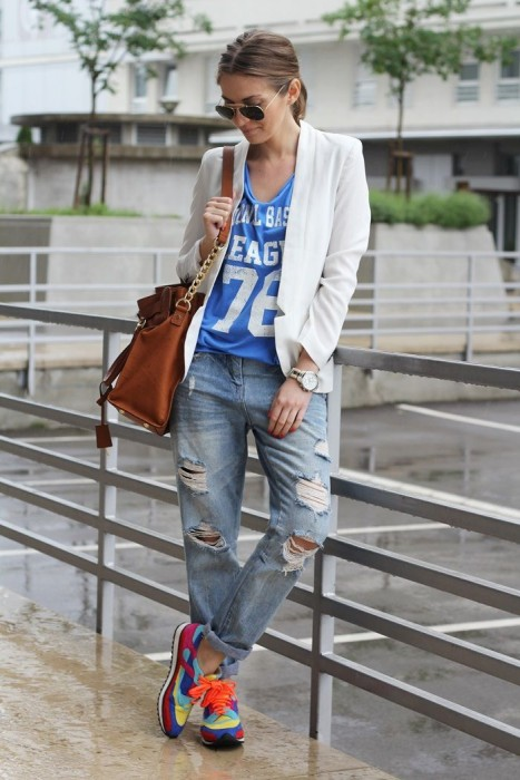 Boyfriend Jeans With a Letter Shirt