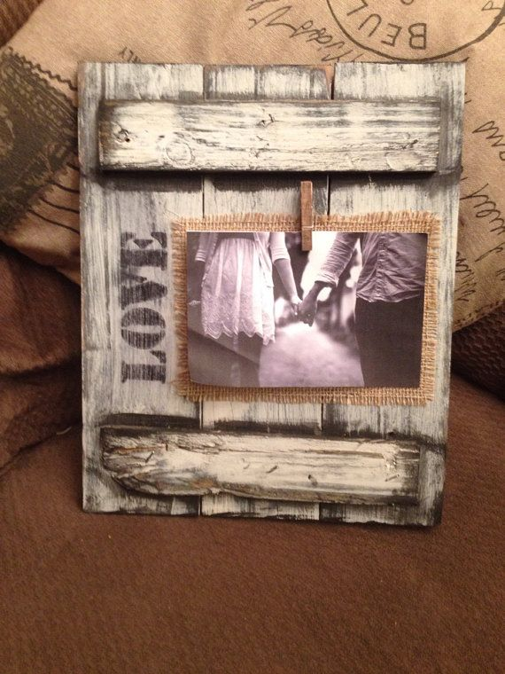 10 Diy Photo Frames With Pallets Pretty Designs