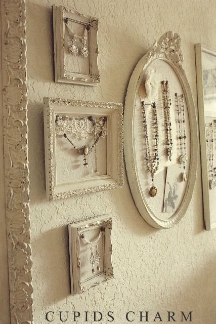 10 ways to store your jewelry pretty designs for Boutique wall displays
