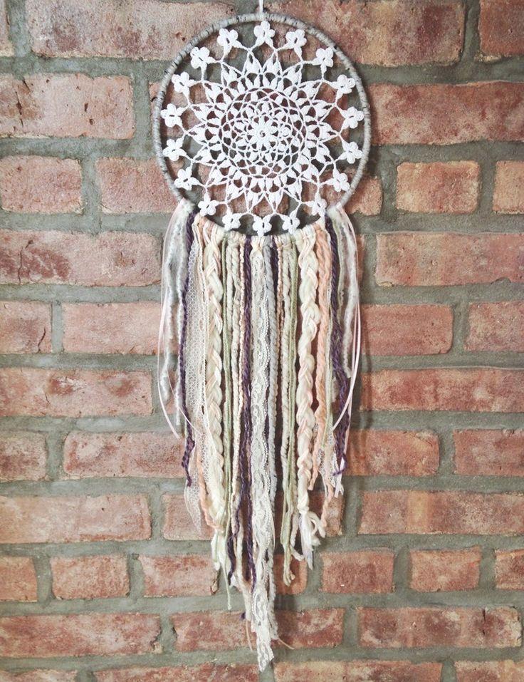 Crochet Patterns Dreamcatchers : 15 Crochet Dream Catcher Ideas for DIY - Pretty Designs