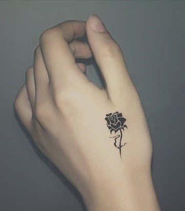 20 Cute Tiny Tattoo Ideas for Girls , Pretty Designs