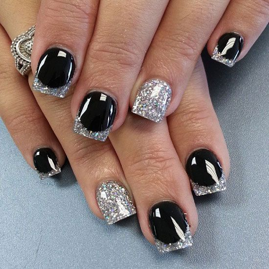 Cly Black And Silver Nail Design For Short Nails