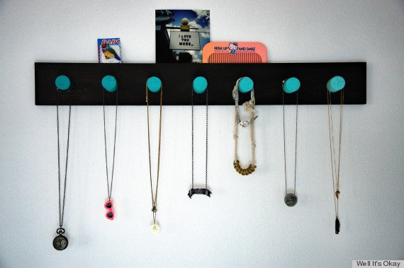 DIY Ombre Necklace and Bracelet Rack