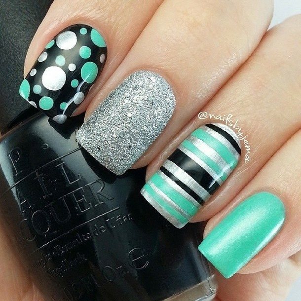 Green and Black Nail Art Design