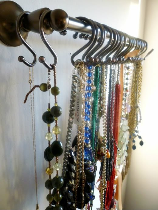 Hook Jewelry Organizing