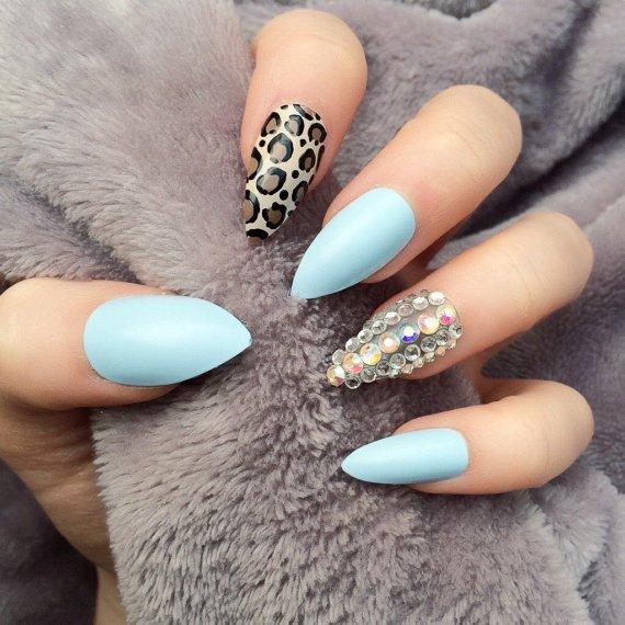 Mint Nail Art Design