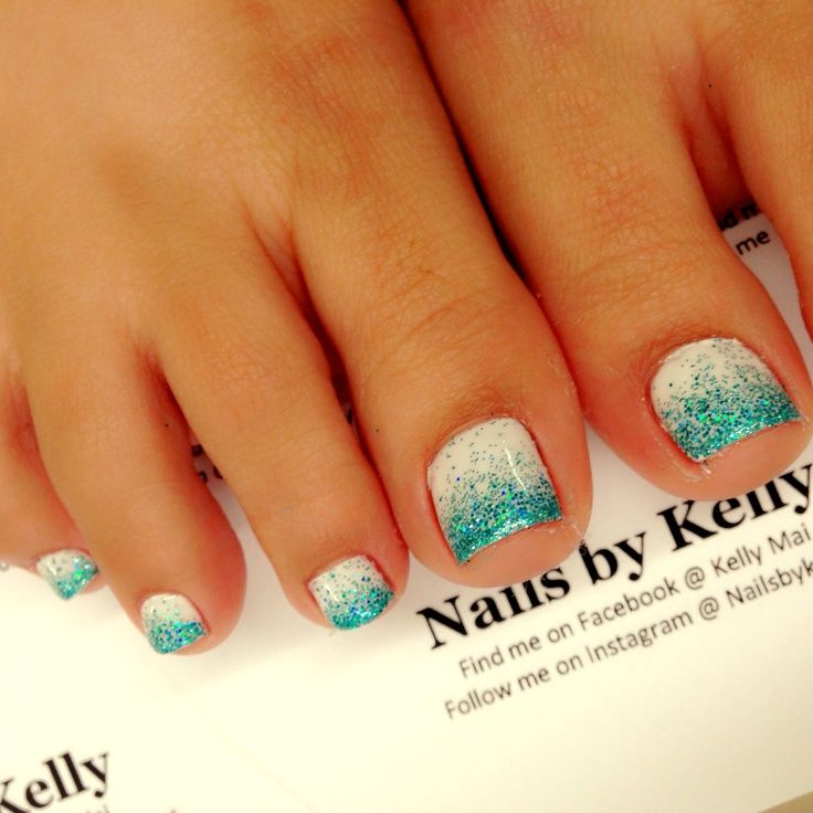 20 adorable easy toe nail designs 2017 pretty simple toenail art ombre gel toe nail design prinsesfo Gallery