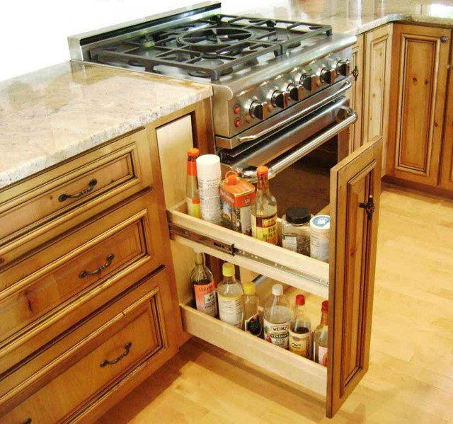 Pull-Out Rack for Oil and Vinegar
