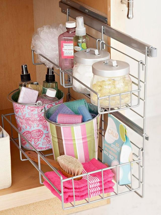 17 clever storage ideas for every woman pretty designs for Under counter bathroom storage ideas