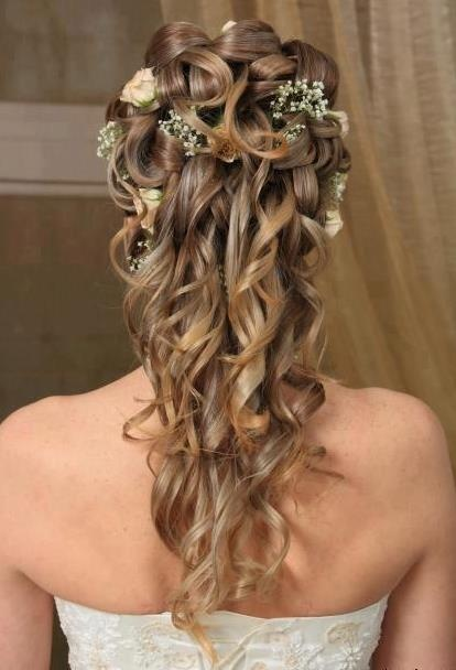 Vintage Curly Half Up Half Down Wedding Hairstyle