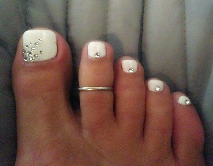 Wedding Toe Nail Design - 20 Adorable Easy Toe Nail Designs 2017 - Pretty Simple Toenail Art