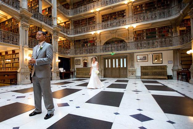 15 Wedding Ideas in School Themes