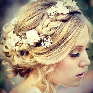 20 Boho Chic Hairstyles for Women