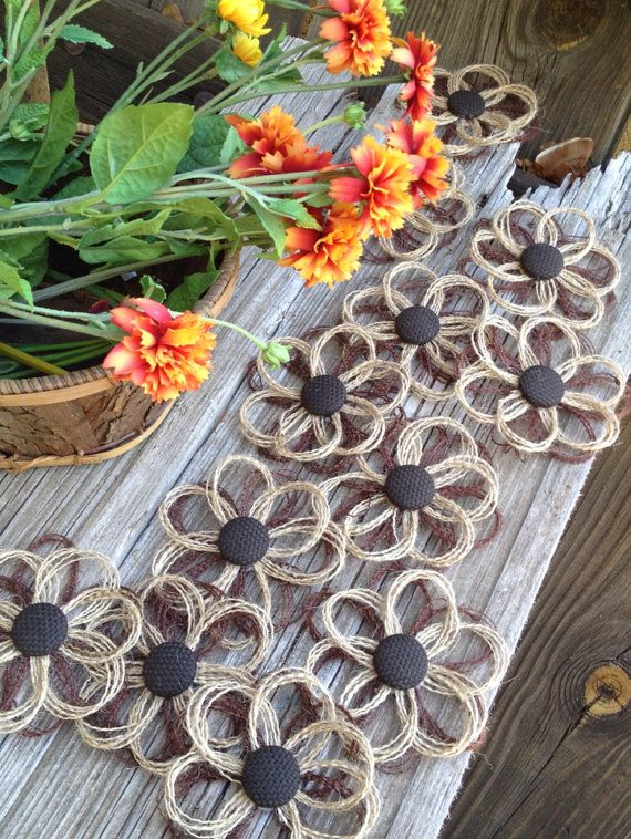 20 DIY Projects to Beautify the Tables