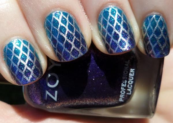 Blue Fishnet Nail Design