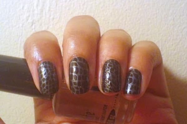 Crocodile Print Nails