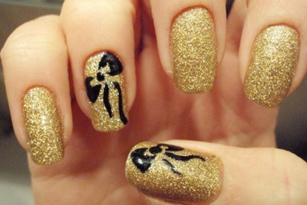 17 cute bow nail designs pretty designs gold glitter bow nails prinsesfo Images
