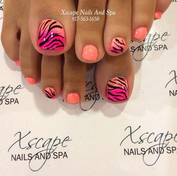 Animal Print Toenail Design