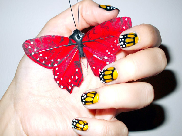 Beautiful Butterfly Nail Design